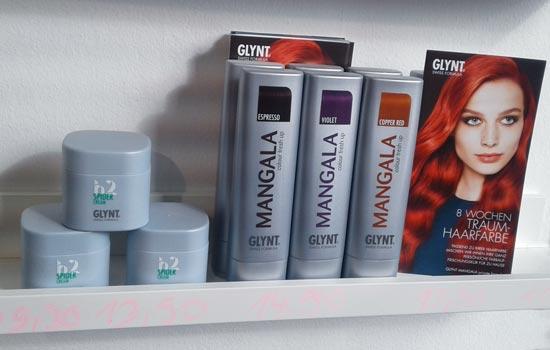 Friseur-Produkte im Regal